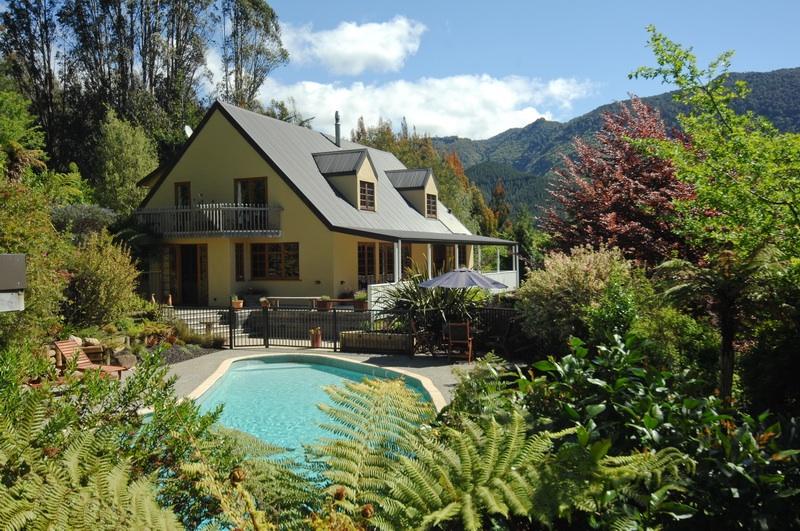 The Resurgence Luxury Eco-Lodge